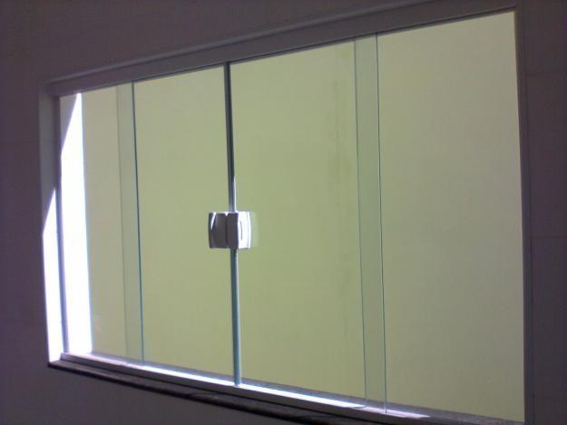Quanto custa janela de vidro